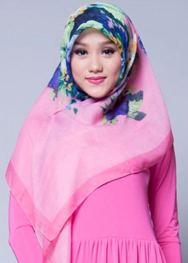 Naila Pink