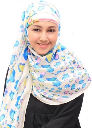 Layna Biru 001
